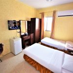 small twin room in Sur Hotel in Sur Oman nice cheap family room for 6 persons in the city center of Sur Oman 5